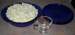 Cauli chopped in bowl
